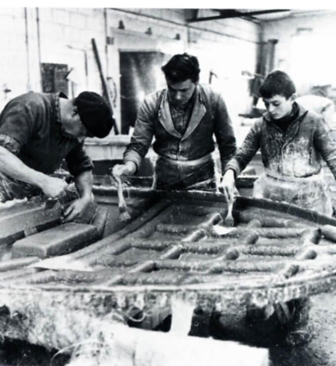bateau jeanneau polyester