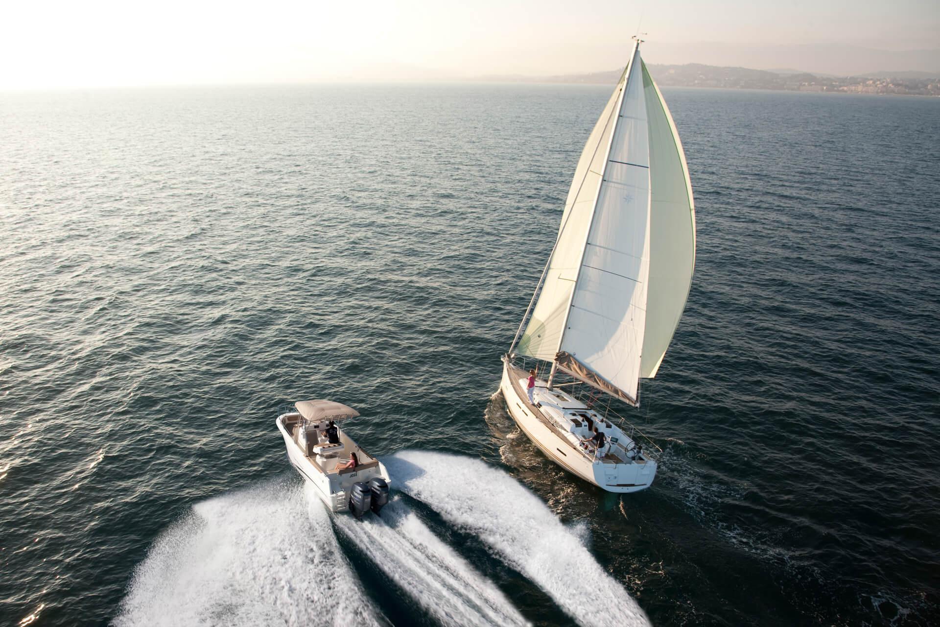 bateau moteur jeanneau voilier jeanneau