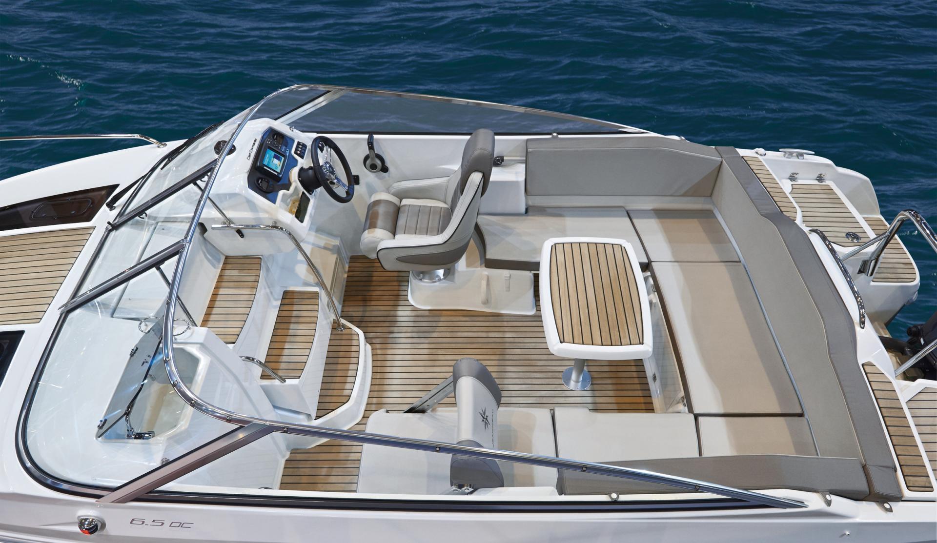 Cap Camarat 6.5 Day Cruiser - image 4