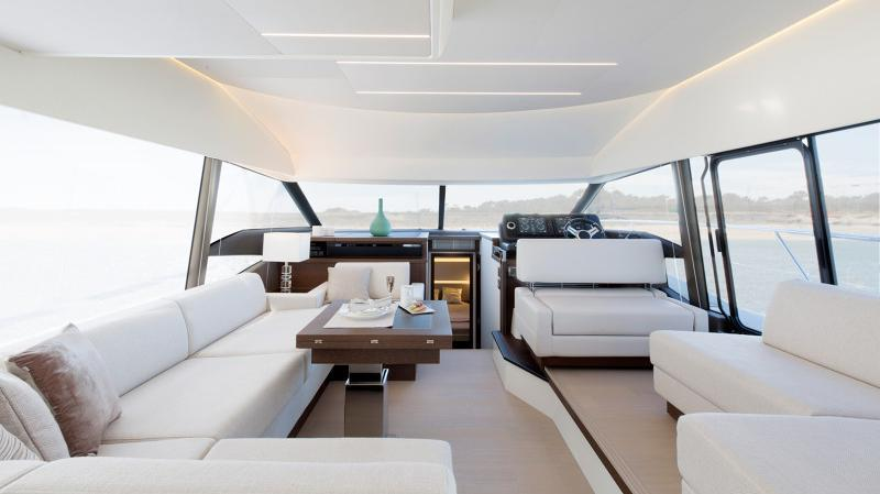 Prestige 520 Flybridge - image 2