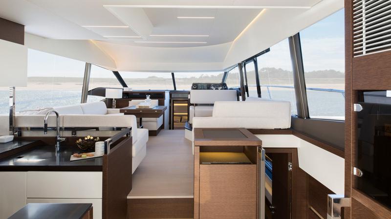 Prestige 520 Flybridge - image 10